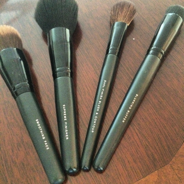 bare minerals makeup brush set mugeek vidalondon. Black Bedroom Furniture Sets. Home Design Ideas